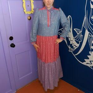 Stunning Vintage Prarie Dress